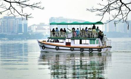 wholesale tour operator