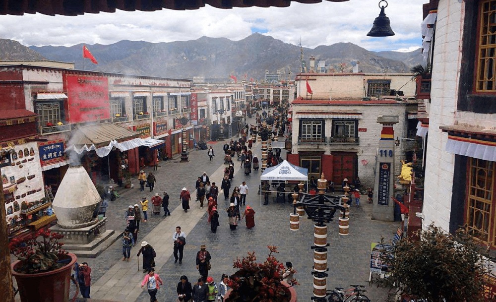 Barkhor Street Tibet