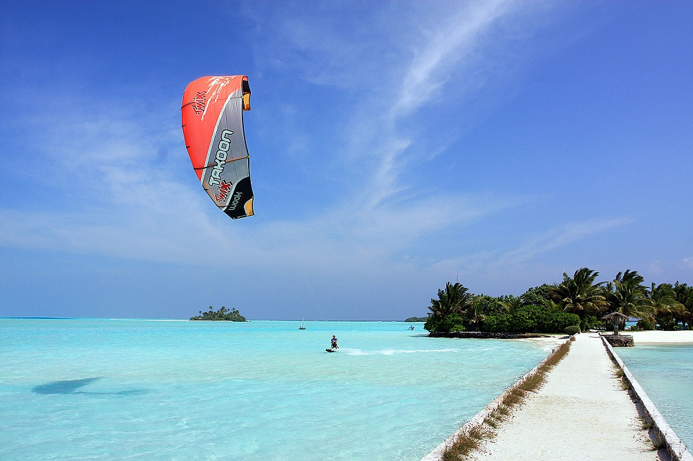Kitesurfing Maldives