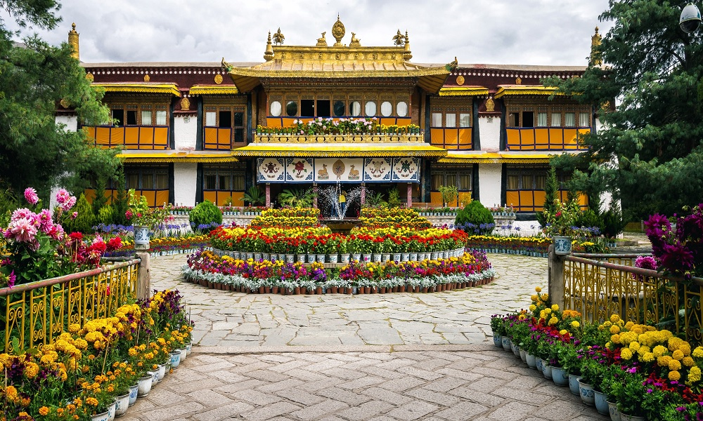 Norbulingka Tibet