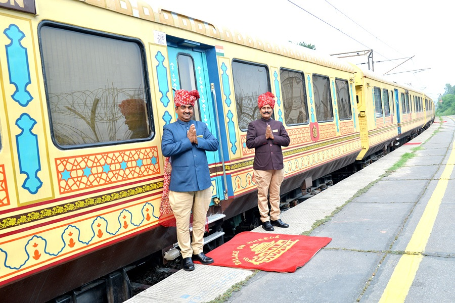 Palace on Wheels Train Exterior