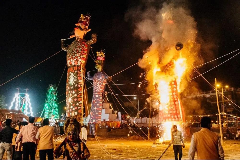 Burning Ravan