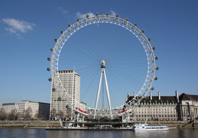 Explore Paris & London